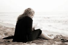 leer libro lectura playa verano