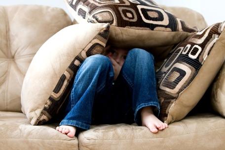 niño proteger infancia crianza psicologo gijon
