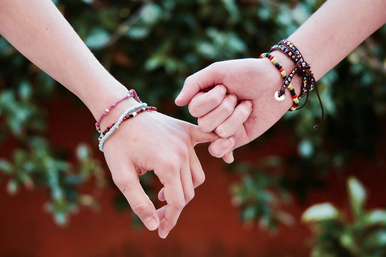 amistad relaciones psicologia gijon meñique